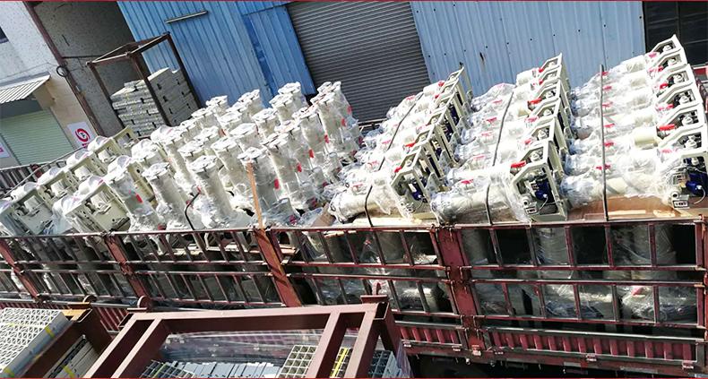 台风牌化学药液过滤机的厂家发货图。